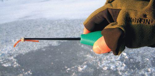 Секреты ловли плотвы по первому льду